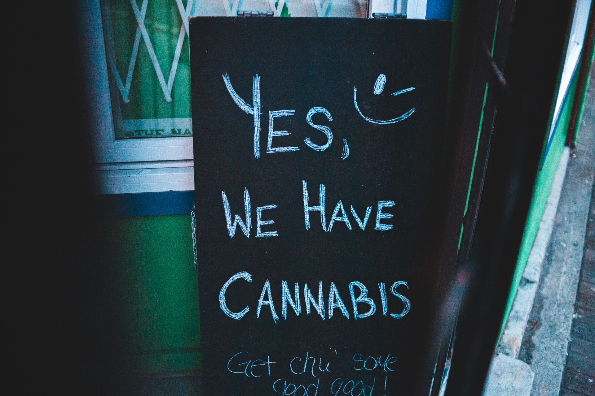 BUILDING A CANNABIS STORE? HERE ARE FIVE THINGS TO CONSIDER Blog image